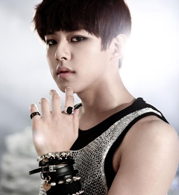 유키스 (U-Kiss) (Dongho)