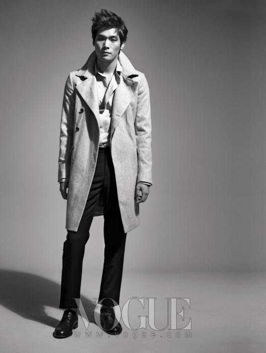Uhm Tae Woong Choi Daniel Vogue September 2010 Asia 247