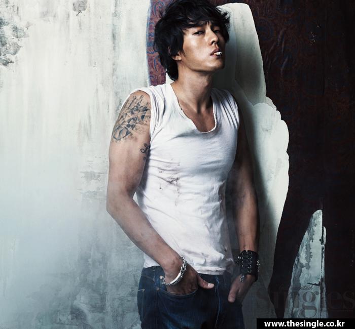 He is sexy & he know it. So-ji-sub-31