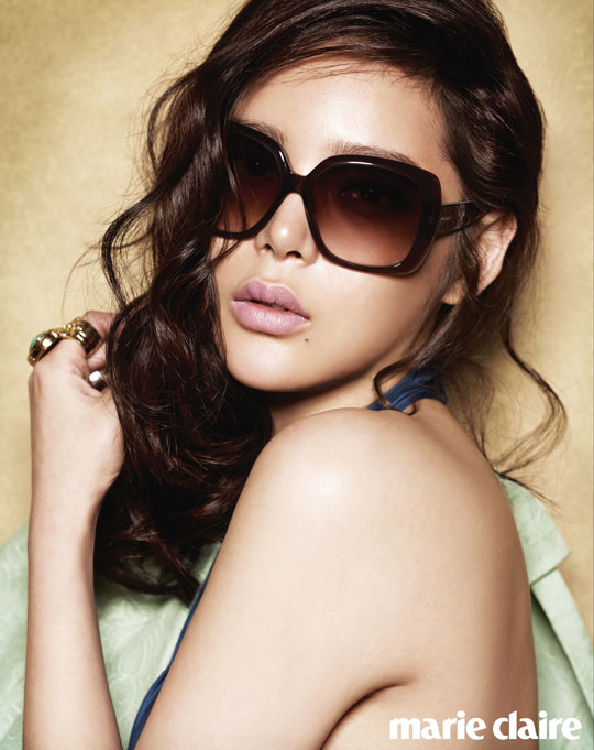 Park Si Yeon looks stunning in sunglasses for Marie Claire.
