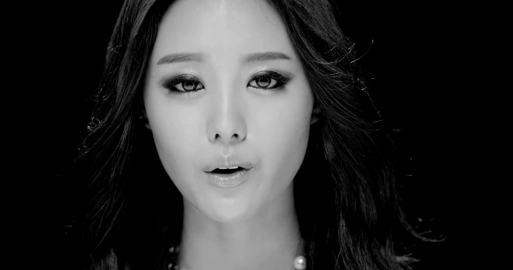 Ji Eun