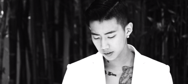 Omo just look at him. Sexyness seeps from his pores.